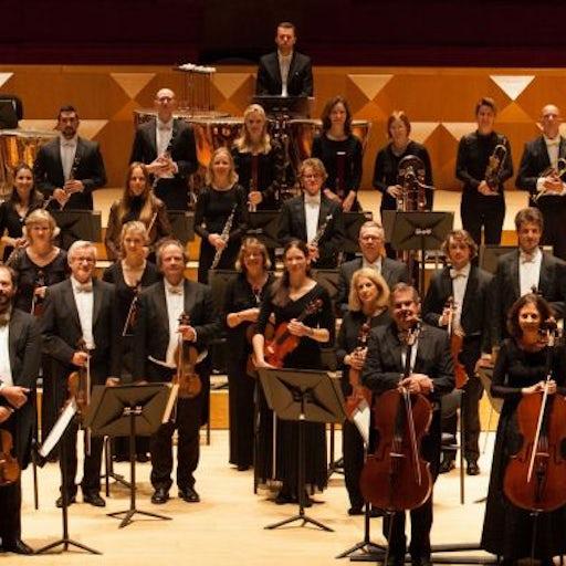 Van Het Oosten Orchestra in Enchede NL  Tchaikovsky Violin concert D-Dur, Op.35; Symphonie Nr.5 e-Moll, Op.64